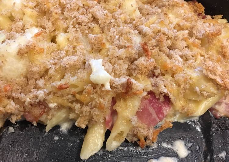How to Cook Tasty Cheesy cauliflower, bacon and pasta bake
