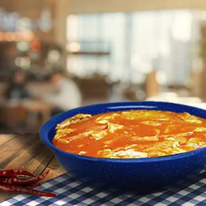 Huevos en Salsa Roja / Huevos al Albañil