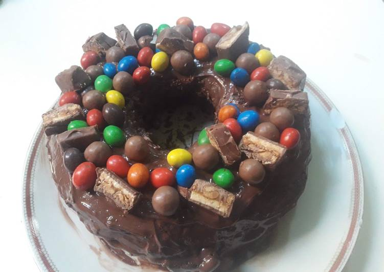 Your Health Can Be Affected By The Foods You Choose To Consume Fun easy chocolate cake birthday cake
