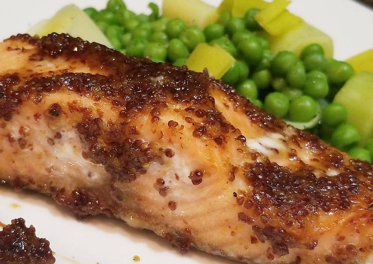 Recipe: Tasty Honey Mustard Glazed Salmon