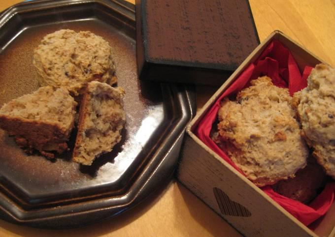 Oatmeal & Walnut Hot Biscuit (Scone)