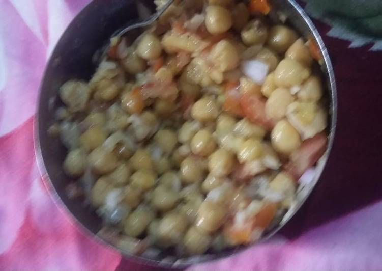 Steps to Make Super Quick Homemade Chana chat