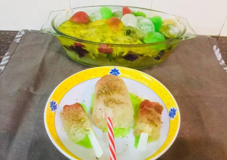 Recipe of Speedy Baraf ka Gola or Chuski with Candies