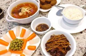 Canh Bạch Tuộc Cà Chua Nấu Gừng - Thịt Bò Kho Gừng (bữa cơm gia đình)