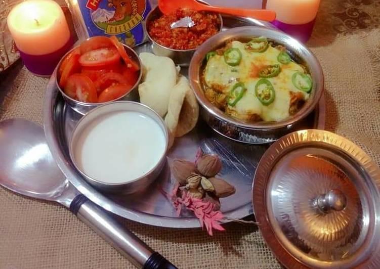 Darbari CHEESE Chicken Handi