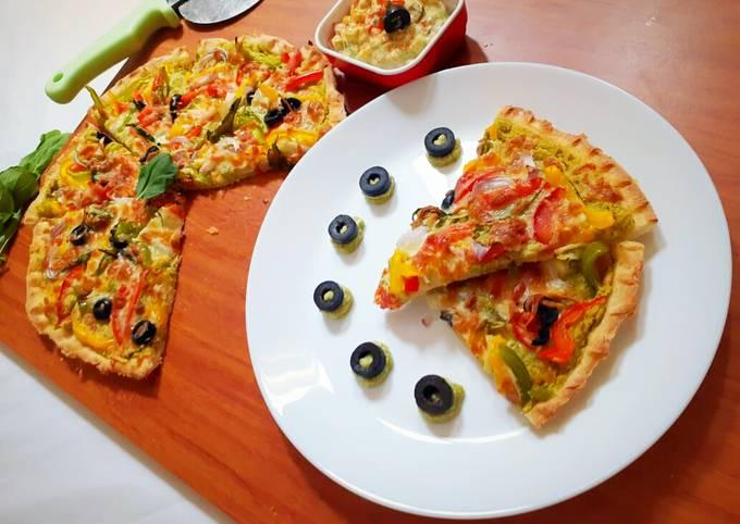 Spinach Hummus Thin Crust Pizza with Hummus Salad
