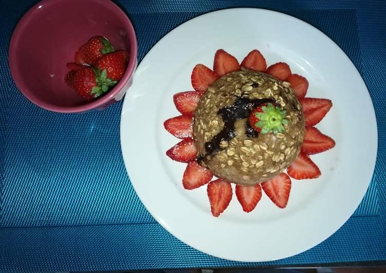 Bowl cake fraises chocolat
