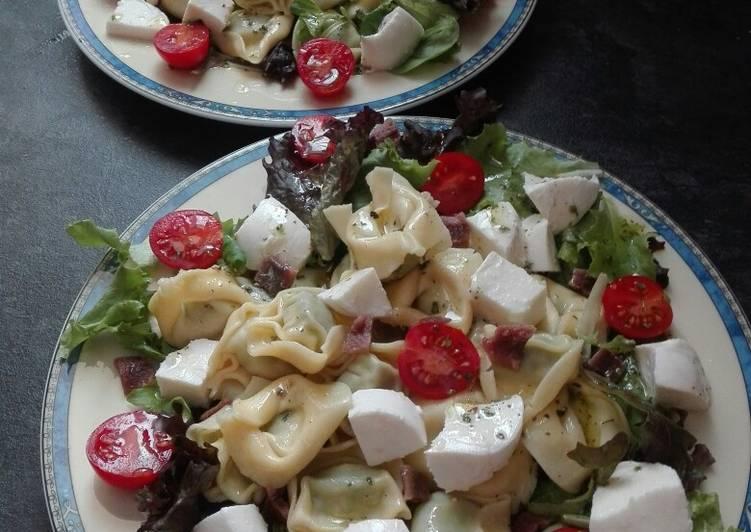 Ensalada de tortellinis y mozzarella