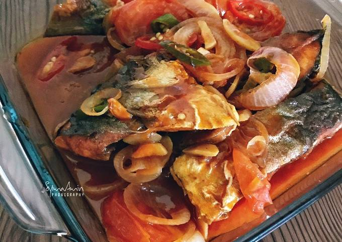 Ikan Bawal Masak Tomato