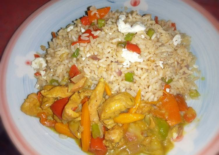Chinese rice with chicken curry soup