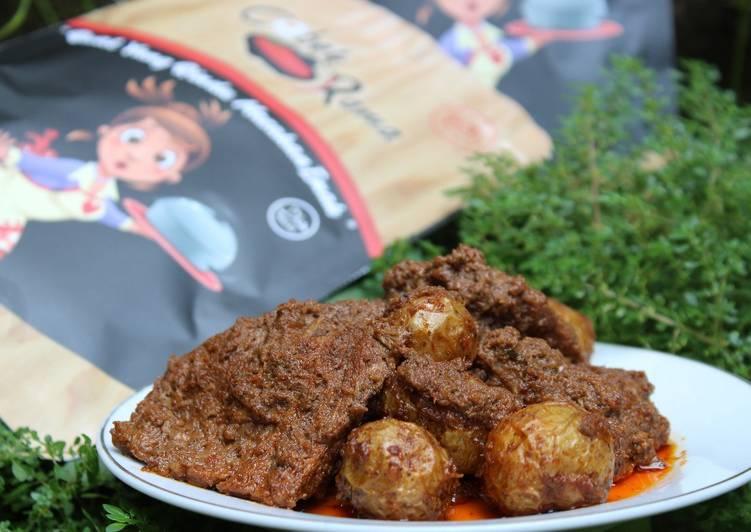 Rendang Daging with Baby Potatoes (Kentang Kecil)
