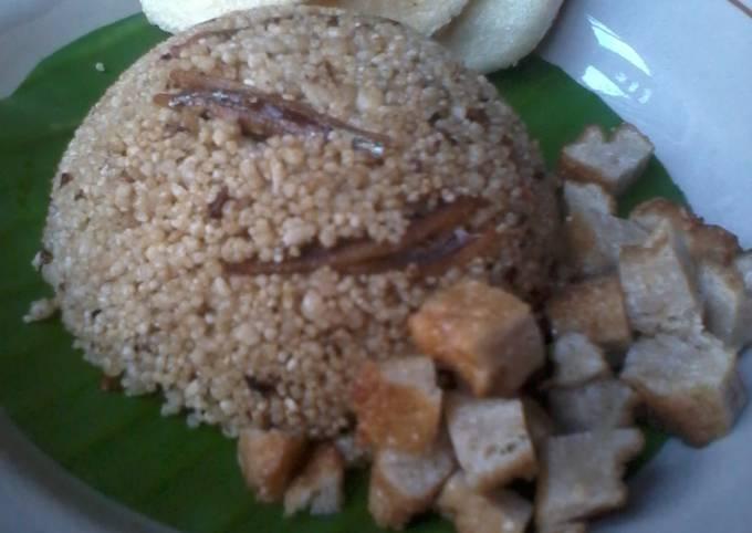 Nasi tiwul goreng teri