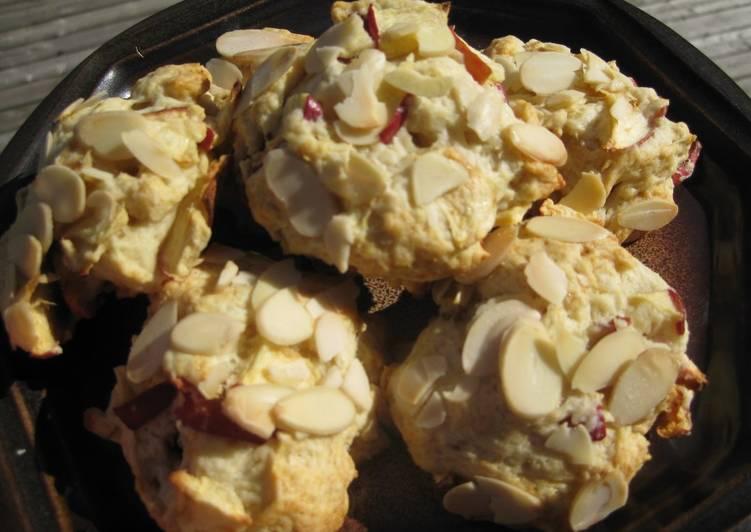Apple Hot Biscuits