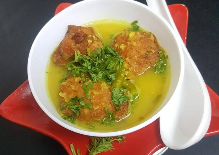 Dal bonda with soup