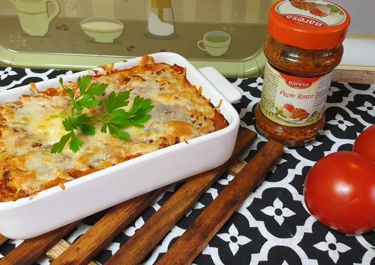 Canelones vegetarianos con soja y pesto rojo