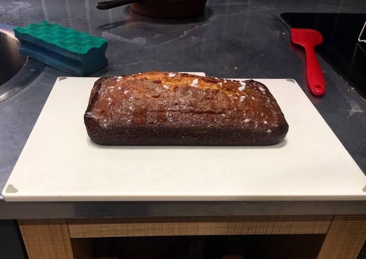 Mum's Lemon Drizzle Cake
