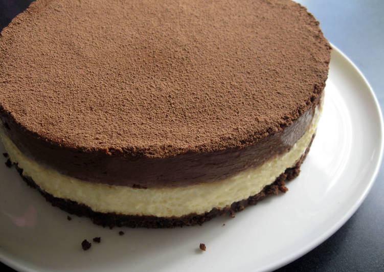 Recipe of Any-night-of-the-week Cream Cheese Mousse & Chocolate Mousse Cake