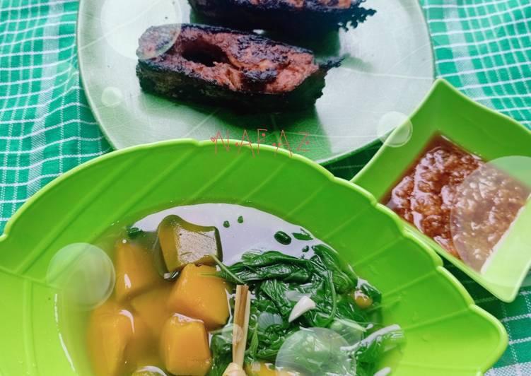 Patin bakar teplon + sayur bening sambal tomat
