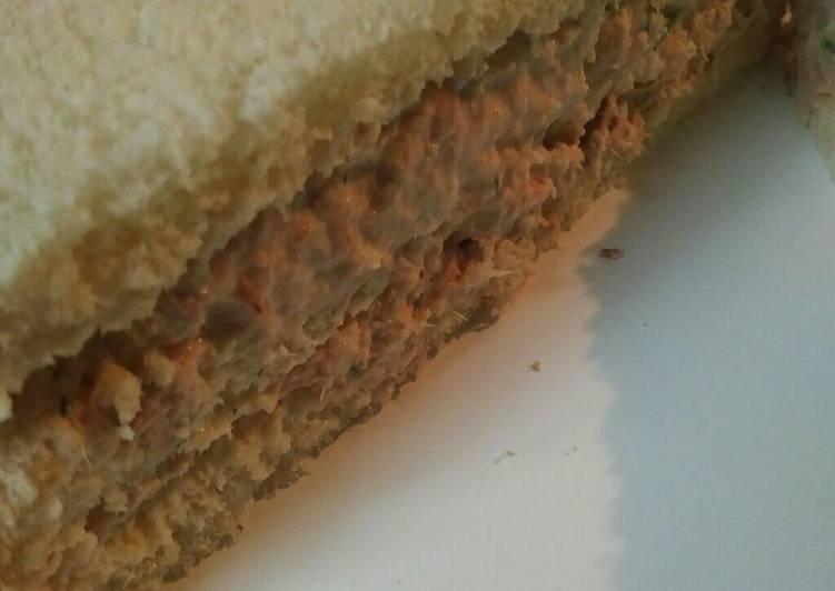 Tuna Horseradish Salad Sandwich