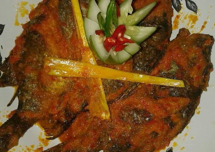 Pesmol ikan nila
