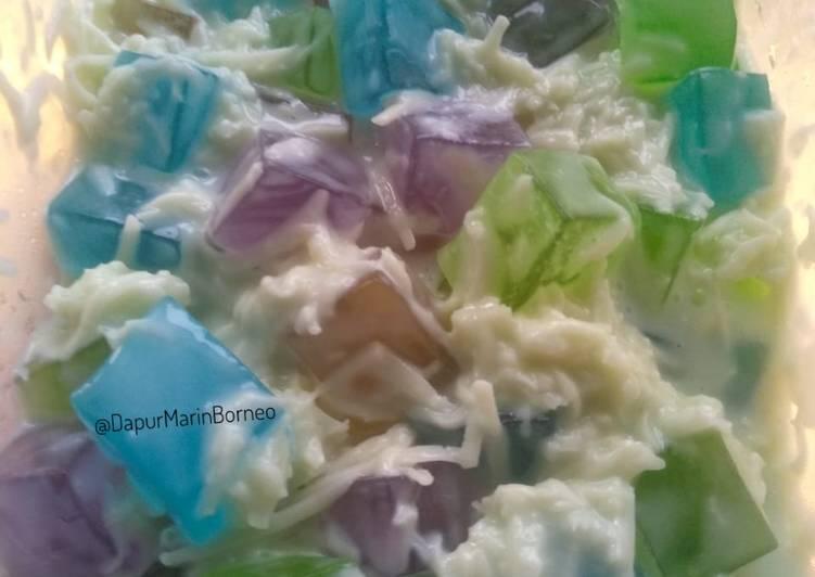 223. Salad Jelly Aneka Warna dan Rasa