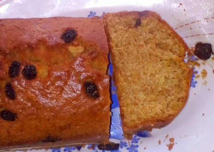 Carrot cake with raisins on top