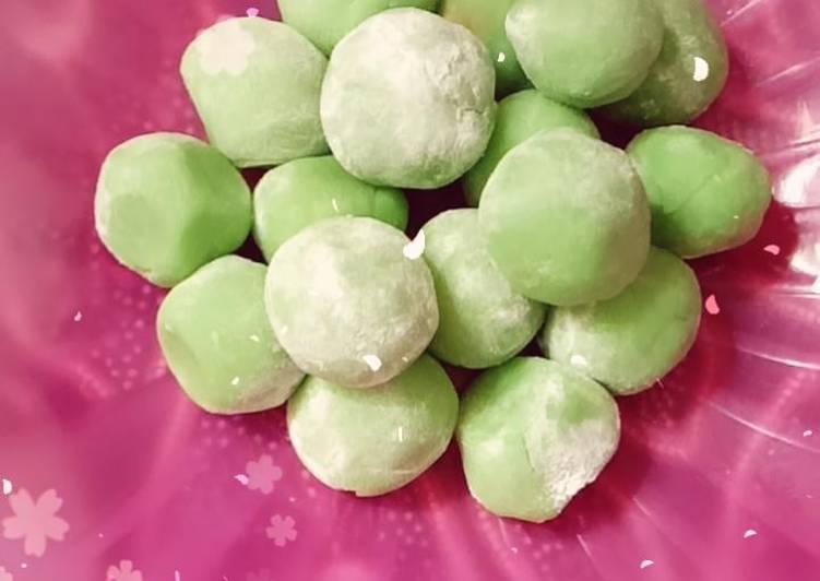 Mochi pandan isi kacang - cookandrecipe.com