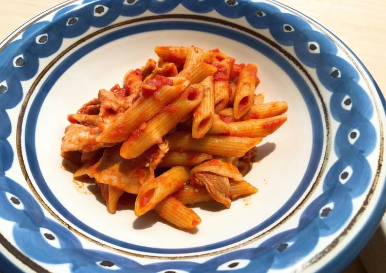 How to Prepare Yummy Penne Arrabbiata with pork