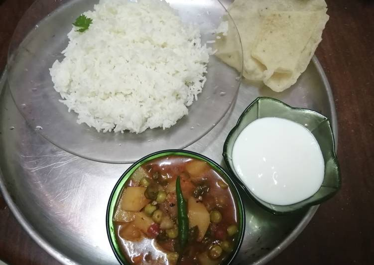 Easiest Way to Make Homemade Simple spicy vegetable curry