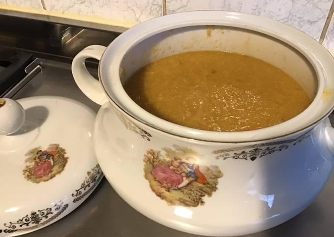 Soupe de chou kale et carottes au citron