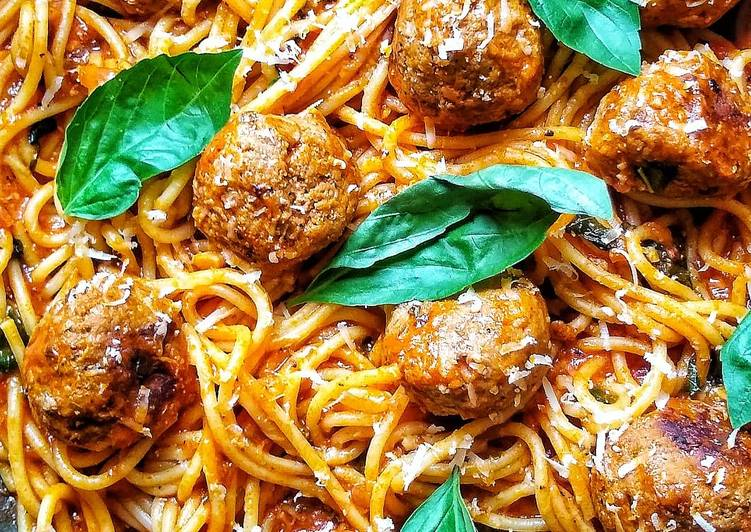 Simple Way to Make Quick Spaghetti & Meatballs