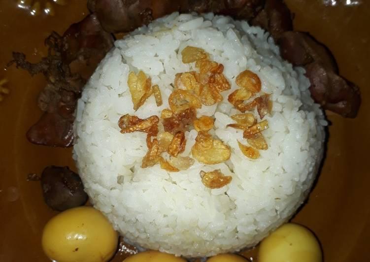 Nasi uduk/gurih