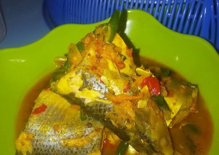 Gulai asam pedas ikan bandeng
