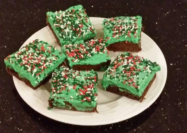 Fudge Brownies & White Chocolate Mint Whipped Cream