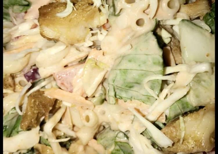Canadian pasta-chicken salad 🥗