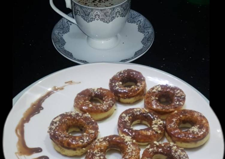 Recipe of Any-night-of-the-week Baked doughnuts with nutella glazed