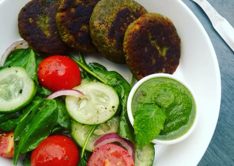 Easiest Way to Make Super Quick Homemade HARA BHARA KEBABS (KABABS)& FRESH SALAD