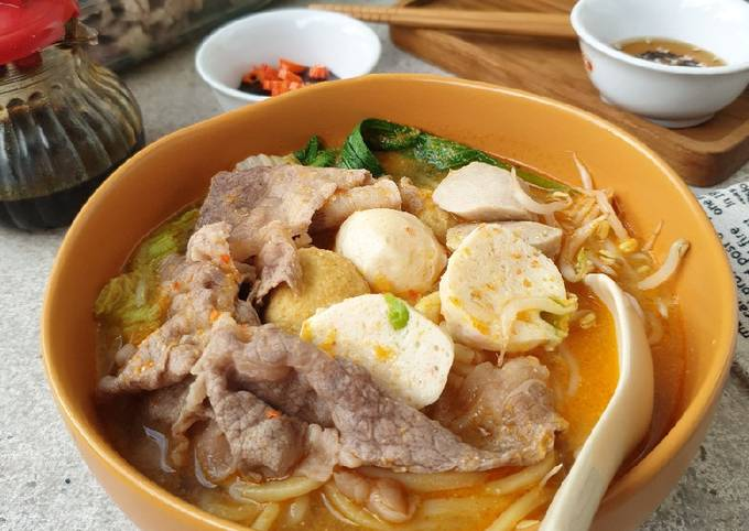 Shabu Kuah Tomyam