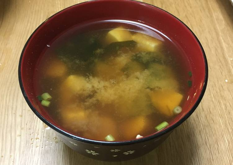 Learn How to Boost Your Mood with Food Miso soup with Tofu and Wakame