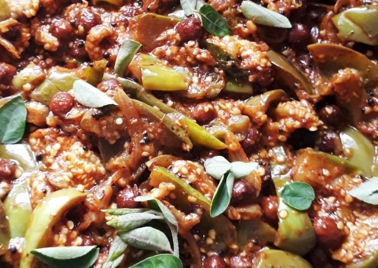 How to Make Favorite Vankaaya Sanagala curry (brinjal black chana curry)