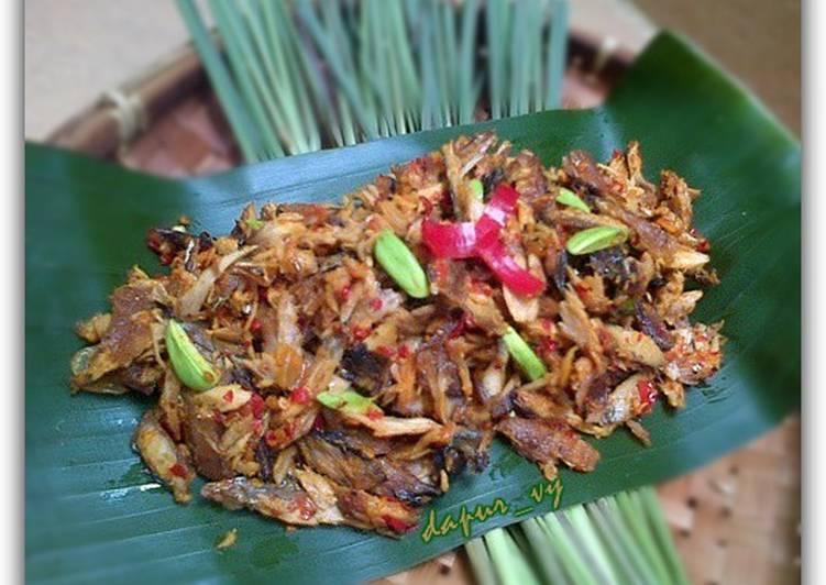 Balado Pindang Tongkol Suwir