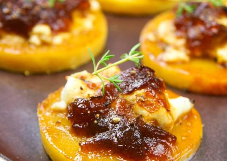 Panisse en tartelettes, au chèvre frais et confit d'oignon