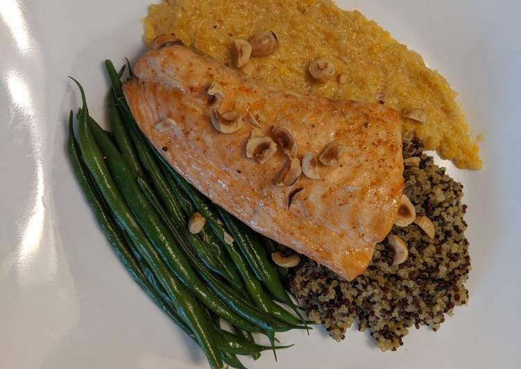 30 Minute Recipe of Royal Salmon With Apricot and Fennel Tapenade