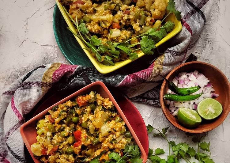 Recipe of Homemade Oats lentils spinach vegetables khichdi