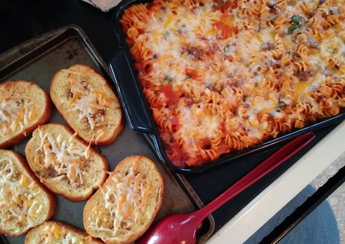 Spinach Rotini Bake with Meat Sauce & Homemade Garlic Toast