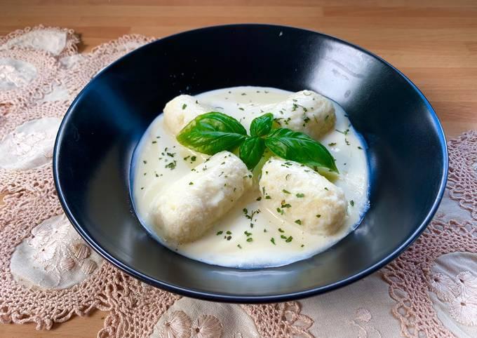 Gnudi Ricetta In English.Ricetta Gnudi Di Patate Con Salsa Di Parmigiano Di Dolce Per Amore Cookpad