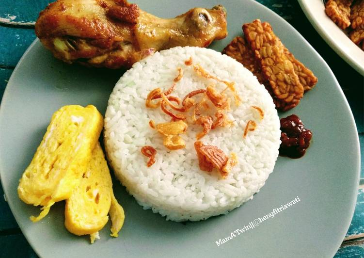 Nasi Uduk Magic Jar Gurih, Enak & Mudah