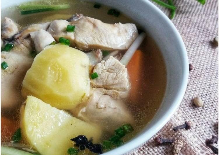 Sup Ayam Kentang #Kentang #MaratonRaya #Minggu1 - velavinkabakery.com