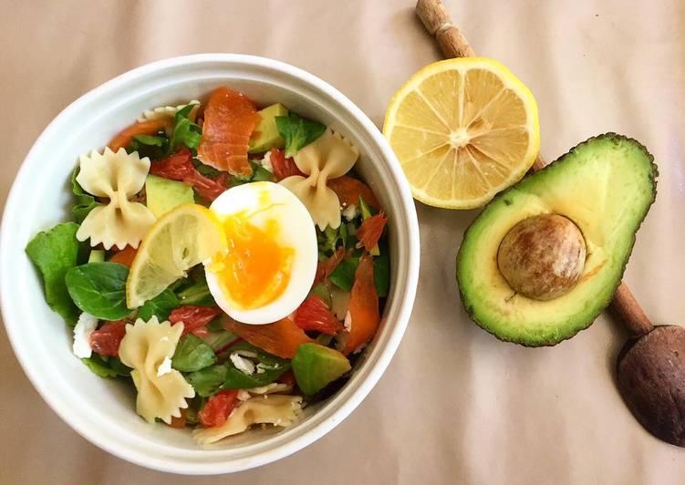 Salade saumon avocat pamplemousse
