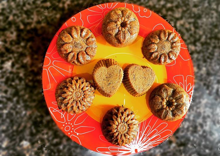 How to Prepare Quick Eggless Sticky Date Muffins